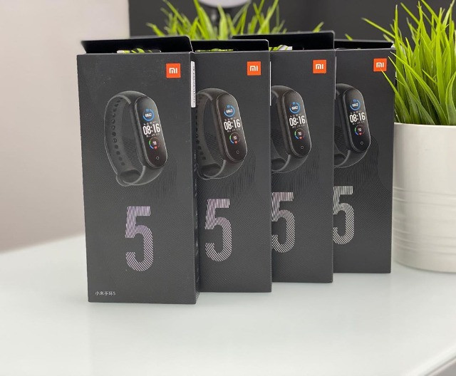 Mi Band 5 Global (em português) + brinde exclusivo