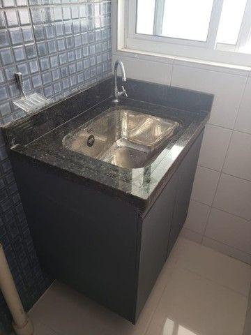 Apart  com 55m² com 2 quartos (1 suíte) em Imbiribeira - com armários - Foto 14