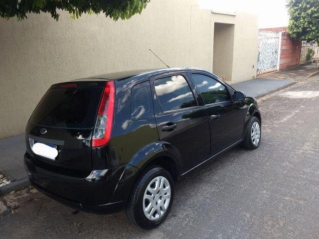 Fiesta Hatch 1.0 2011 - Foto 2