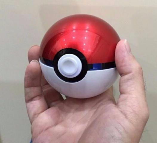 Bateria externa power bank 12000mah Pokebola Universal