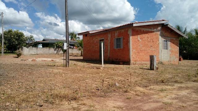 Vende-se uma casa no município de Primavera de Rondônia
