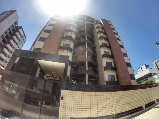 Apartamento no Ed. Paul Cezanne por trás do Maikai - CRS