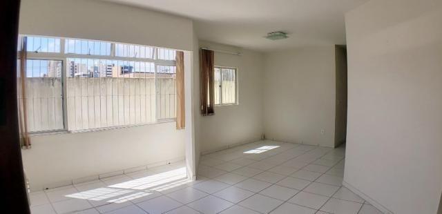 Vendo verde mar 80 m² 3 quartos 1 suíte 2 wcs 1 vaga na jatiúca - Foto 2