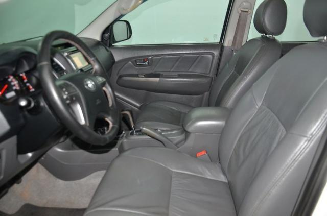 Toyota Hilux Cab. Dupla SRV 4X4 Diesel Automatica.2014.(Negociamos) Temos Strada, S10, - Foto 5