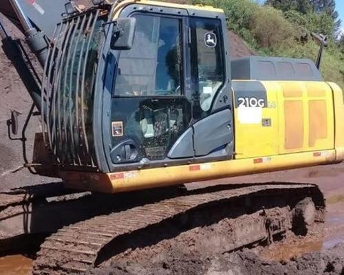 Escavadeira 210G LC John Deere - 17/18 - Foto 3