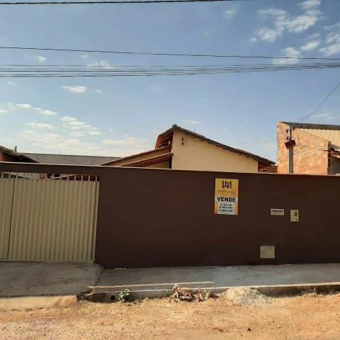 Casa à venda no Vale Azul - ótima oportunidade