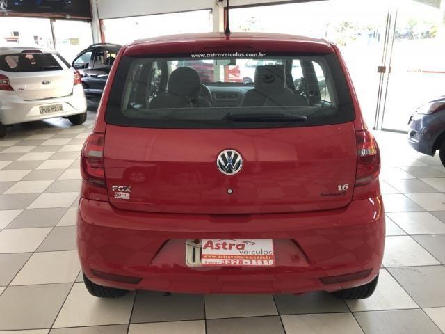 VW - VOLKSWAGEN FOX 1.6 MI TOTAL FLEX 8V 5P - Foto 6