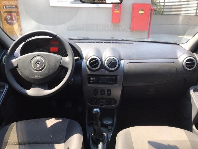 Renault Logan 1.6 Expression 2011 - Foto 7