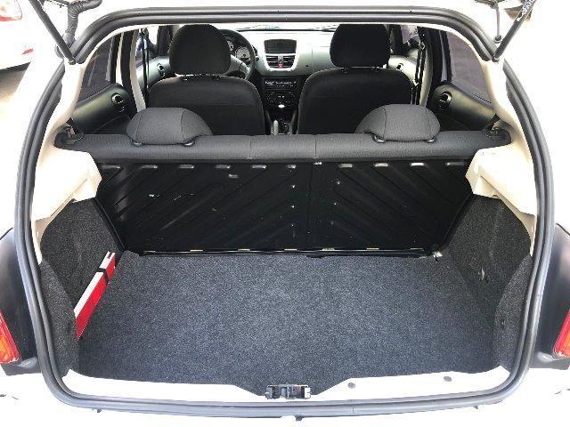 Peugeot 207 Active 1.4 Hatch 2014 - Foto 9
