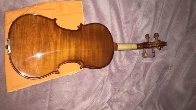 Violino eagle modelo VE441 4x4 arco c/Breu e estojo