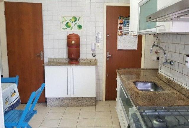 Apartamento com 3 quartos no bairro Aterrado - Foto 2