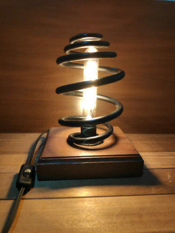 Luminária de mola de carro rústica - Foto 4