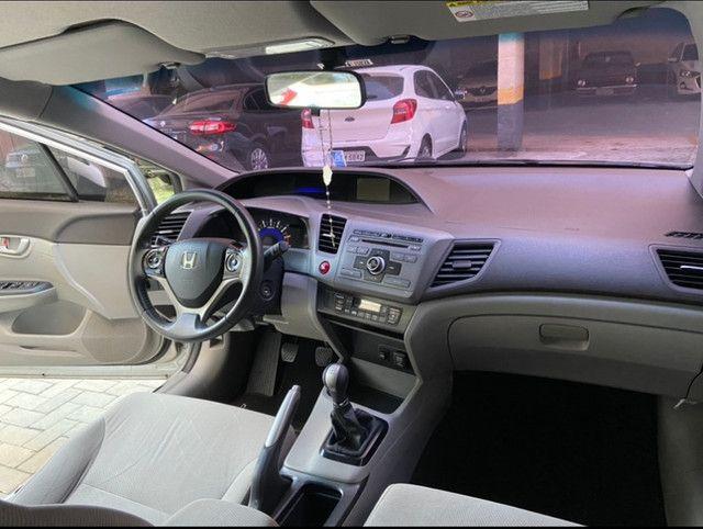 Vendo Honda Civic 2012/2013 LXS manual (Não aceito troca) - Foto 4