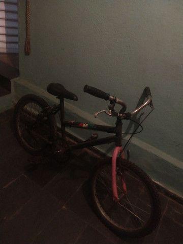 Bicicleta aro 20 sem nenhum defeito R$150,00 - Foto 2