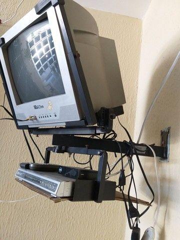 TV DVD conversor digital e suporte Leia o anúncio na descrição - Foto 2