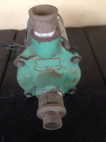 Bomba Centrífuga Schneider   Trifásica   Usada