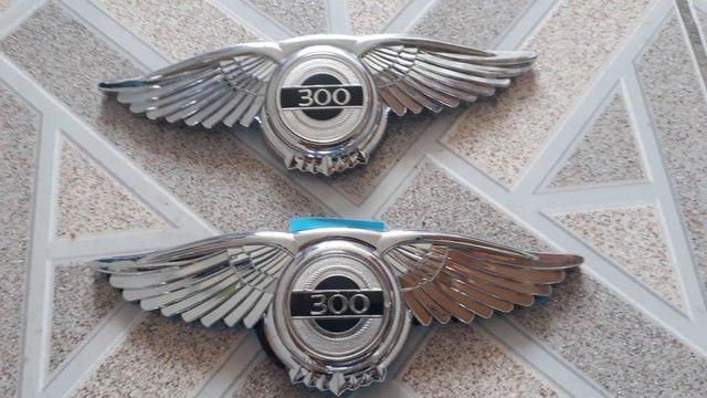 Chrysler 300 Emblema adesivo