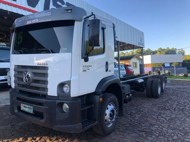 VW 24.280 Constellation 6X2 2015/2015 - Chassi