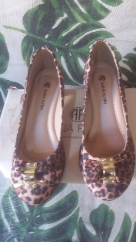 Sapato novo oncinha 34/35 50,00