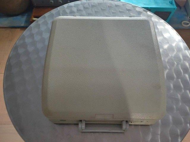 Maquina de Escrever Olivetti com Maleta Original - Foto 2