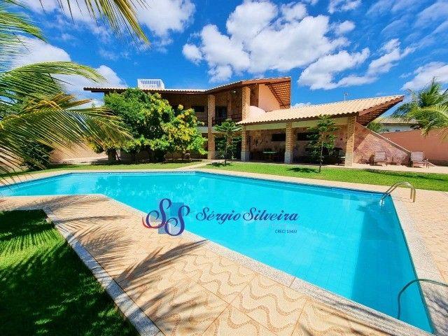 Casa no Porto das Dunas com piscina, 5 quartos, super conservada, excelente localização!