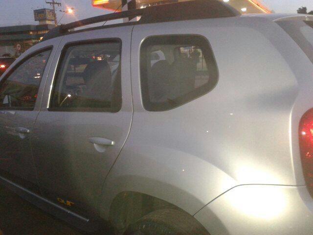 Duster com ponto Taxi - Foto 2