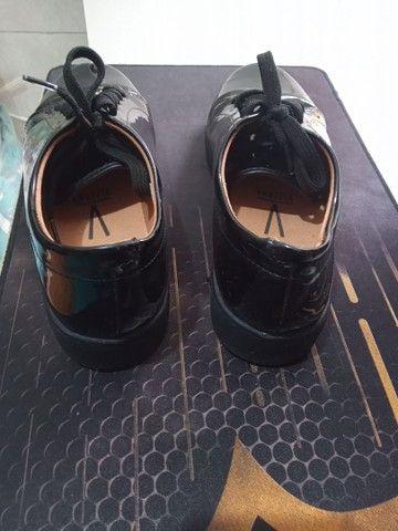 Sapato feminino fechado vizzano, preto brilhoso, 39 - Foto 4