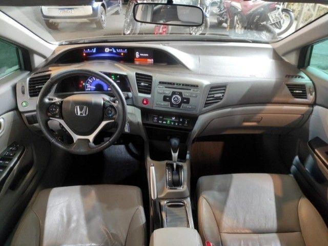 Civic Lxr 2.0 Flexone 2014 Automático , bancos em couro , completo  - Foto 9