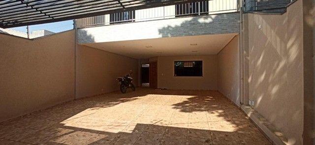 Venda   Sobrado com 264.77 m², 3 dormitório(s), 4 vaga(s). Zona 07, Maringá - Foto 15