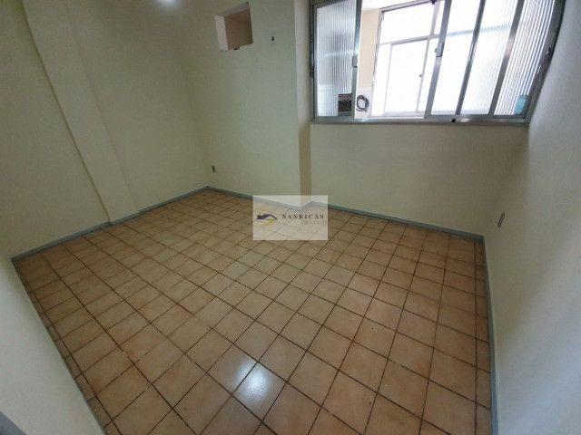 Apartamento 2 Quartos com Dependência de Empregada - em Icaraí - Foto 5
