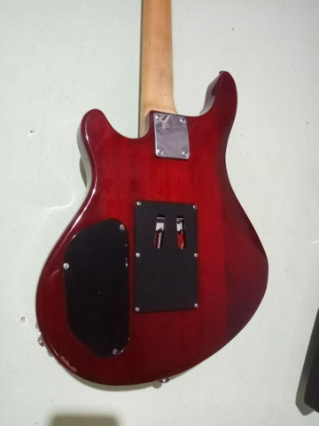 Guitarra washburn Top RARIDADE - Foto 3