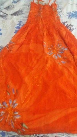 Lotinho de vestidos e saias 250,00novas - Foto 5