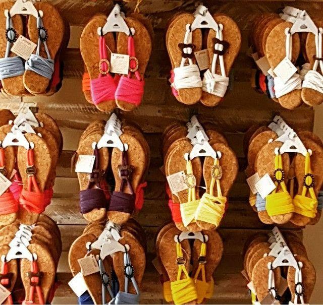 Calçados - Sandálias rasteiras - Foto 4