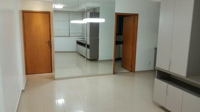 Venha Morar em Condominío fechado com custo Barato Casa 3/4 suite 2 garagem Lazer Completo - Foto 2