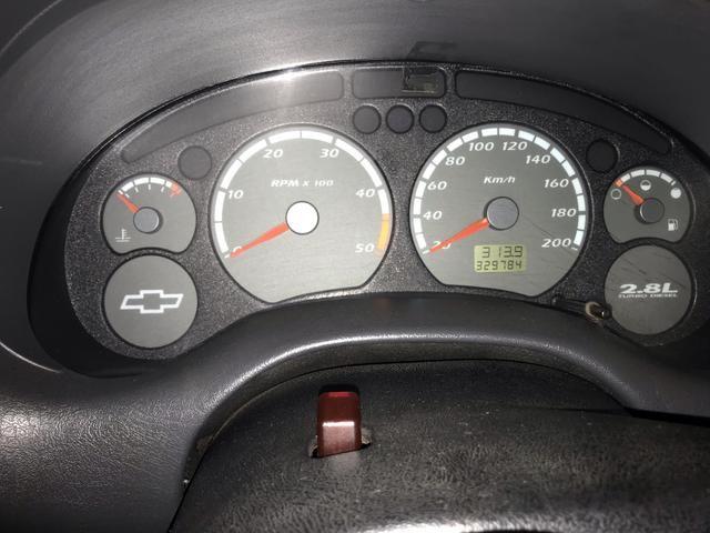 Vende-se S10 colina 2.8 turbo intercooler ano 2005 - Foto 6