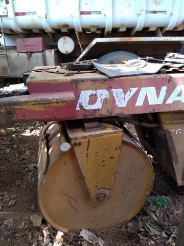 Rolinho CG11 Dynapac