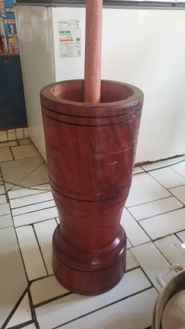 Pilão madeira rústica