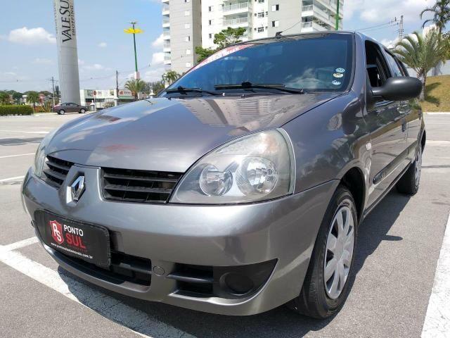 .*. Renault Clio 2006 completo com baixo km, ar condicionado e direção hidráulica