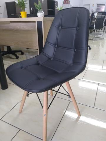 Cadeira aproximação Eifell nova - Foto 3