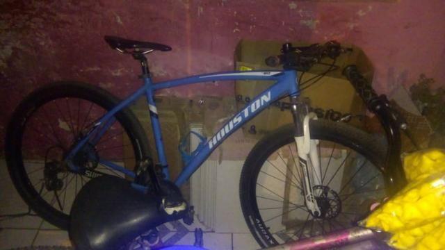 Bicicleta Houston aro 29 usada - Foto 2