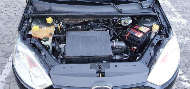 Fiesta Class Hatch 1.6 8v Completo 2012 - Foto 12