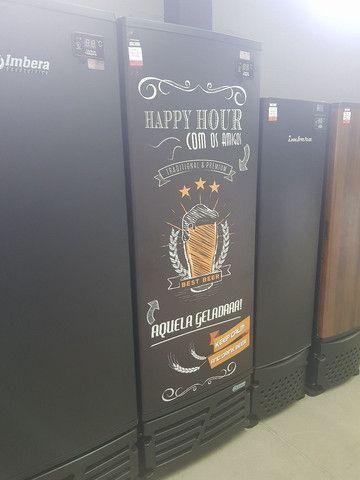 CCV-315 Cervejeira Porta Adesivada Happy Hour 110v ou 220v - Imbera