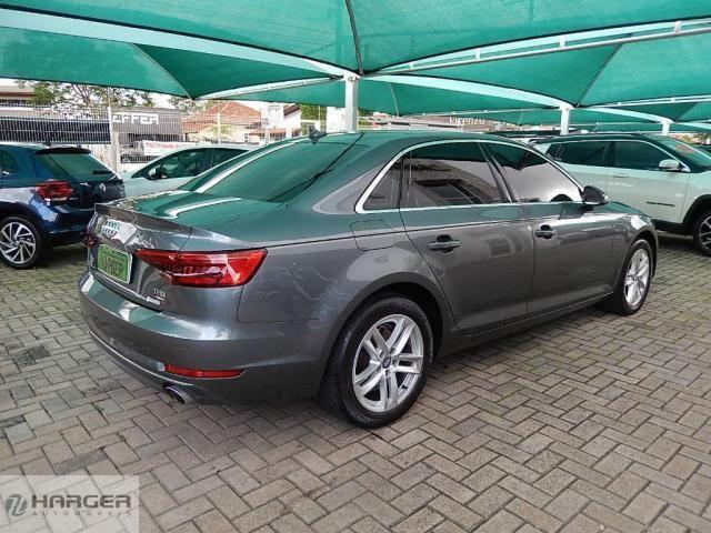 Audi A4 2.0  - Foto 4