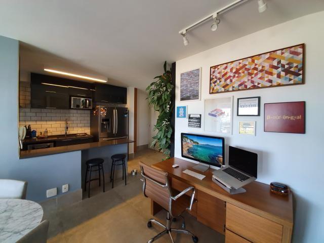 Aconchegante Apartamento no Alto de Pinheiros, com 1 quarto, sendo 1 suíte, 2 vagas e área - Foto 14