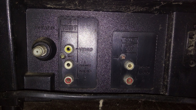 Tv Sony 21 Pol Tela Plana 110v Para Retirada De Peças - Foto 6