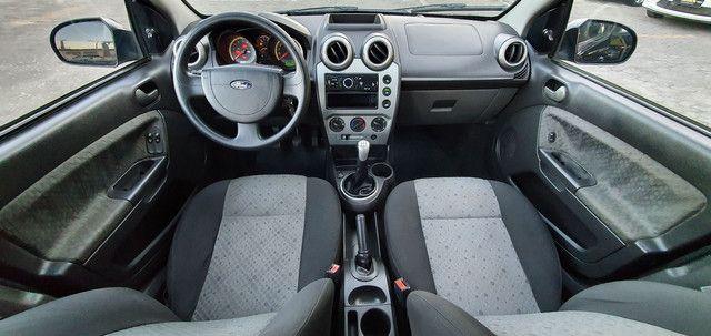 Fiesta Class Hatch 1.6 8v Completo 2012 - Foto 6