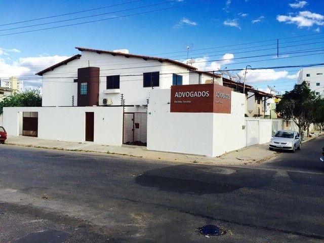 Casa Aluguel R$850 (2 andares)