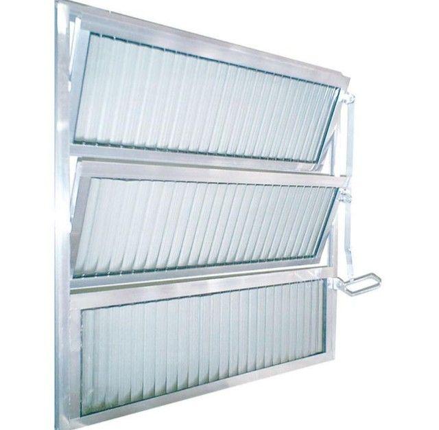 Basculante de Alumínio 60x60 com Vidro Canelado