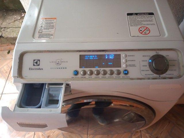 Lava e seca Electrolux Com lavagem a vapor - Foto 4