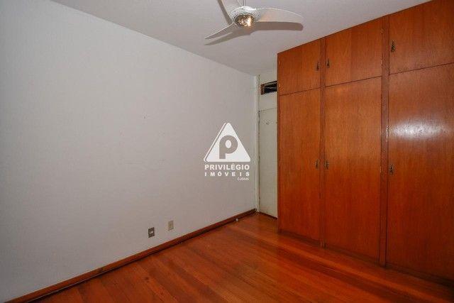 PRIVILÉGIO IMÓVEIS vende : Excelente apartamento na quadra da praia de Copacabana - Foto 11